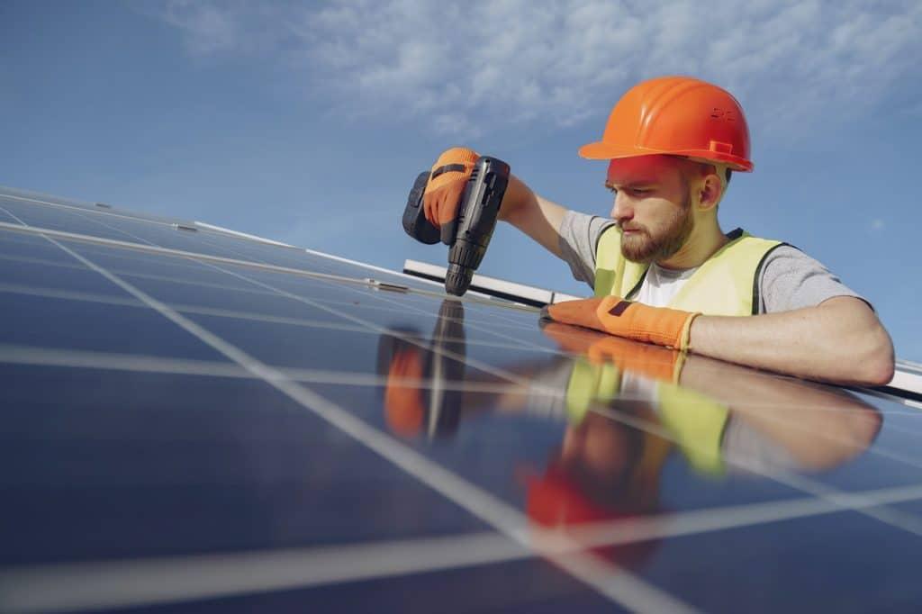 How Long Do Solar Panels Last? 1